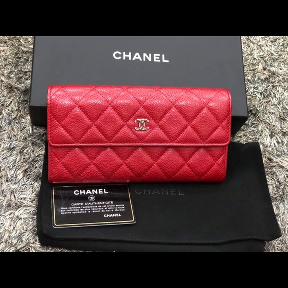 CHANEL Handbags - Chanel Classic Full size Wallet - Caviar 💋💋💋